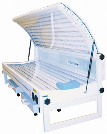 Elite double 18T double canopy sunbed front view